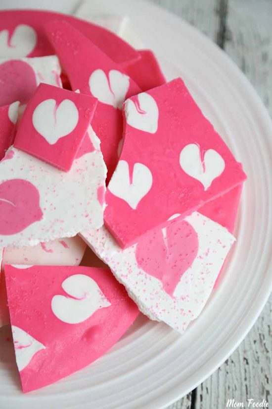 Heart Shaped Chocolates Treats: Chocolate bark with heart design