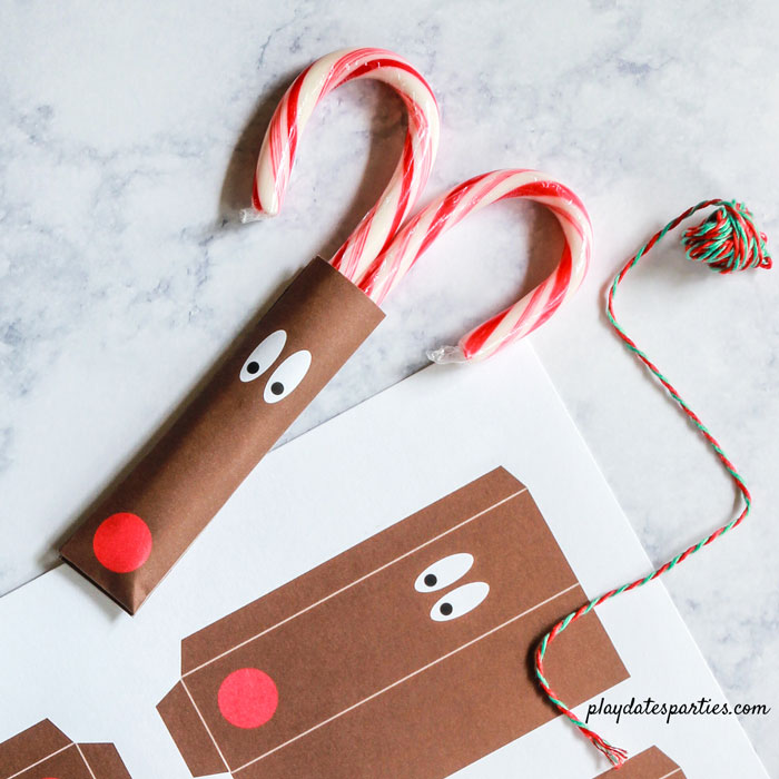 Reindeer Candy Cane Craft for Kids | Easy Preschool Gifts