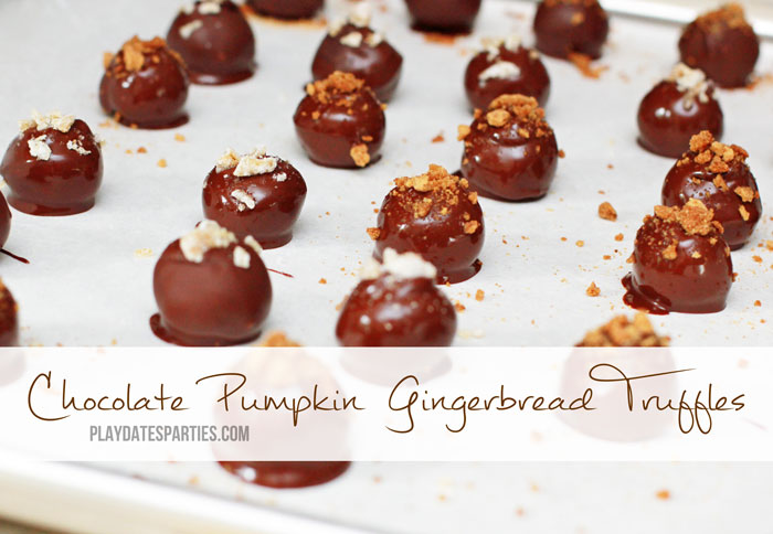 Get your pumpkin spice fix with these two delicious pumpkin truffles recipes: pumpkin gingerbread truffles and pumpkin cream cheese truffles.
