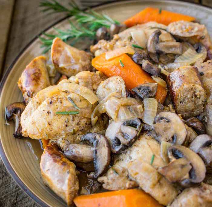 culinary ginger-Slow-cooker-rosemary-chicken-sausage-mushrooms