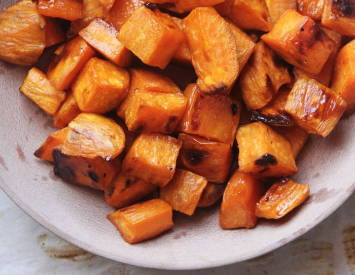 natural-chow-maple-cinnamon-sweet-potato-bites