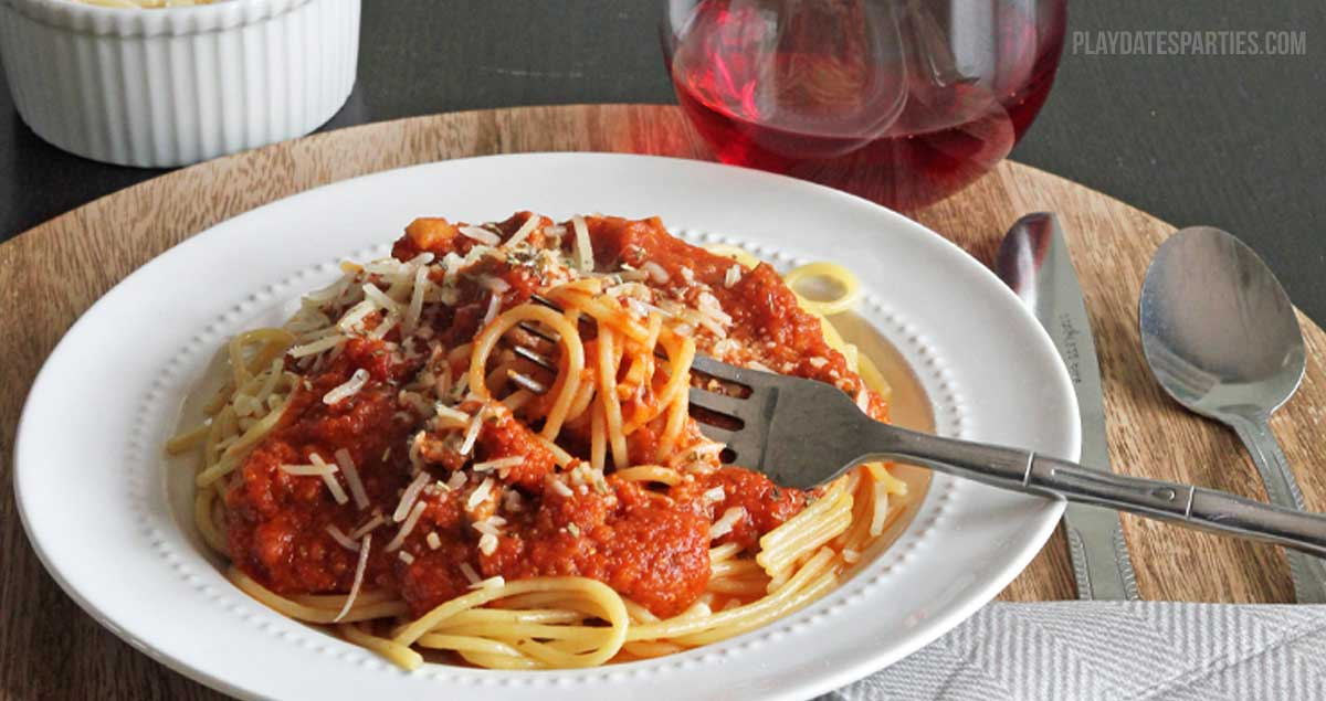 How To Stretch Jarred Pasta Sauce And Why You Should