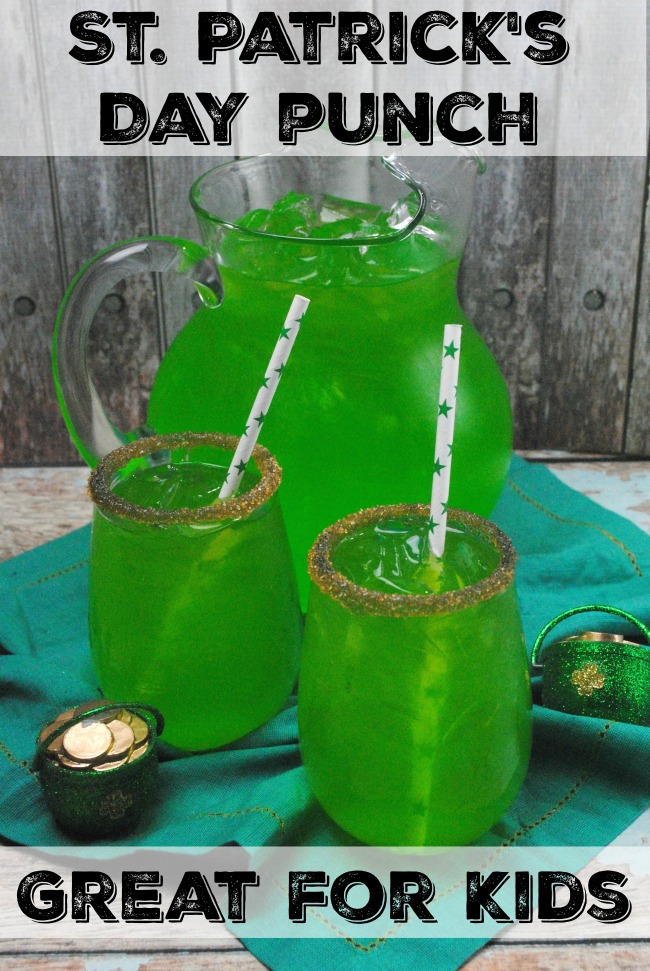 With rainbows, shamrock apples, & gold shimmer, these 7 easy St. Patrick's Day Mocktails will help you and your kids celebrate in delicious style!