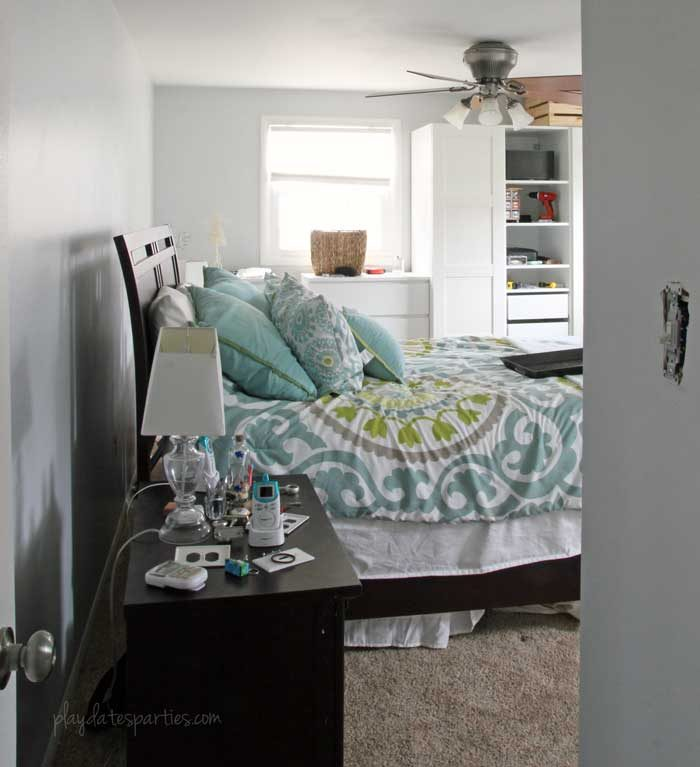 Need to paint a room, but too busy to get the job done? Take a look at these 9 simple painting tips for people with no time. Plus, see what else got done in the first week of this 6-week master bedroom renovation.