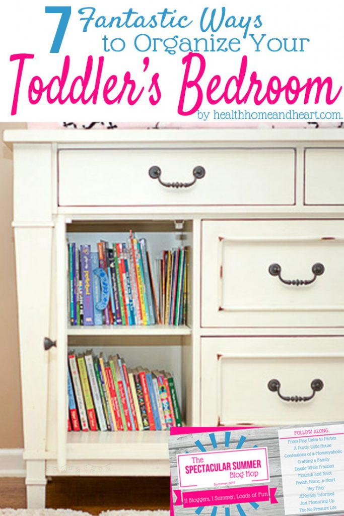 Kids are messy! Check out these incredibly creative toddler bedroom organization to teach good habits from the youngest ages.