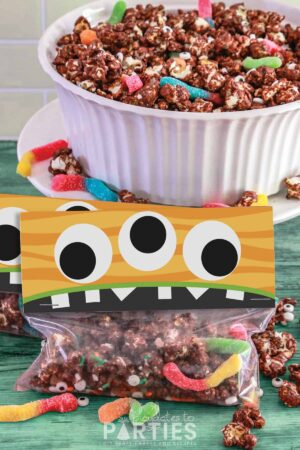 monster munch halloween popcorn mix with free printable treat bag toppers