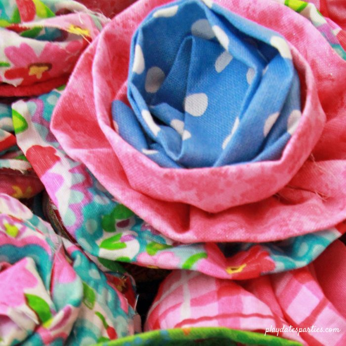 Put those fabric scraps to use and make fabric flowers clips in one of 7 different styles. They are perfect for party activities, party favors, headbands, or hair clips. The possibilities are endless!