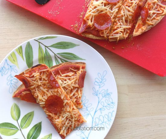 Super Cheap Homemade Large Pepperoni Pizzas from DIY Adulation.