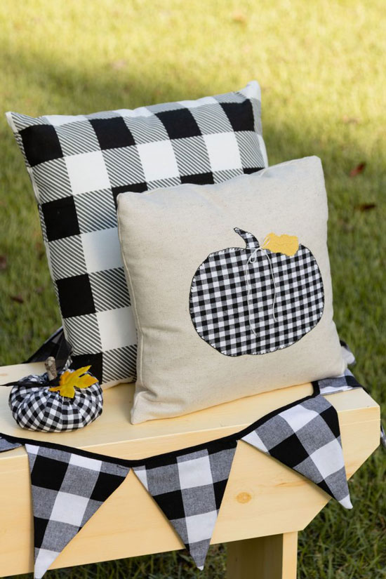 Black and White Check Pumpkin Pillow Applique DIY From Kippi at Home.