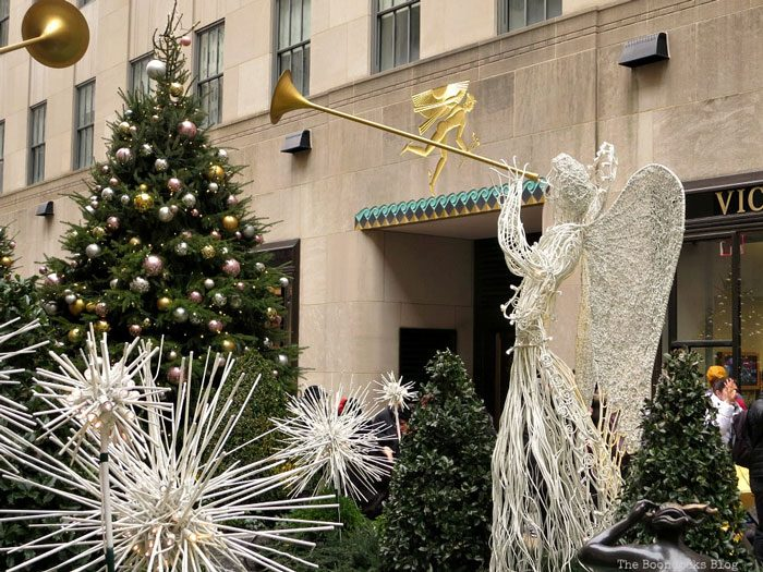 A Visit to the Spectacular Tree at Rockefeller Center from the Boondocks Blog.