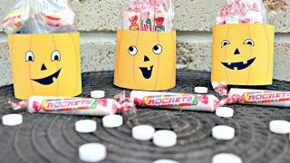 Easy and Silly Jack O'Lantern Rockets Halloween Treat Bags