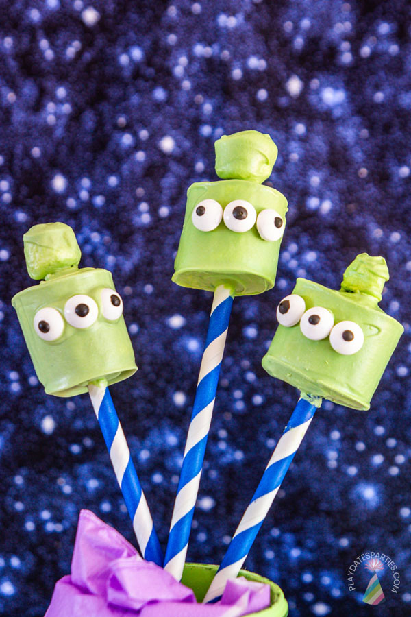 3 finished toy story alien marshmallow pops