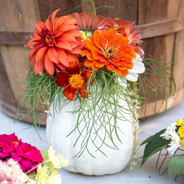 DIY Pumpkin Vases with Fresh Flowers