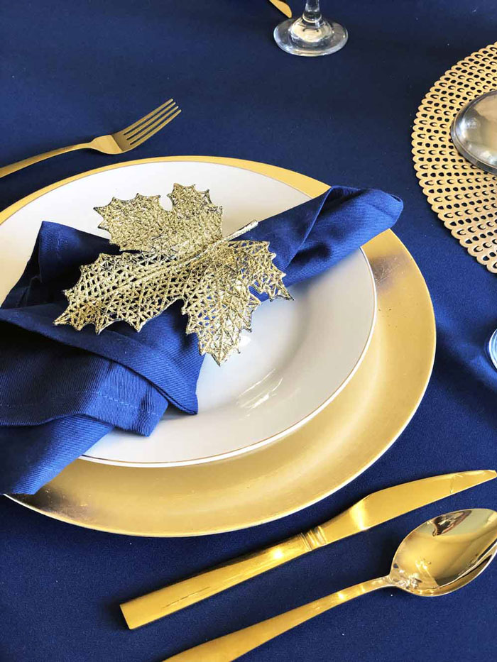 Blue Thanksgiving Table Settings - 3 Ways