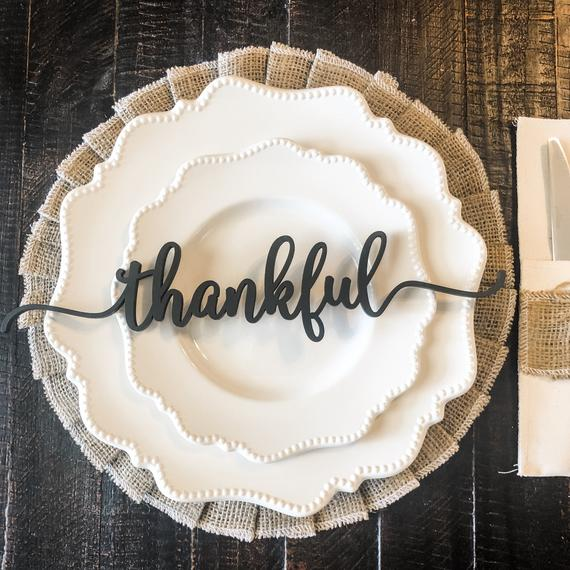 Rustic Simplicity: Custom Cut Thankful Place Cards