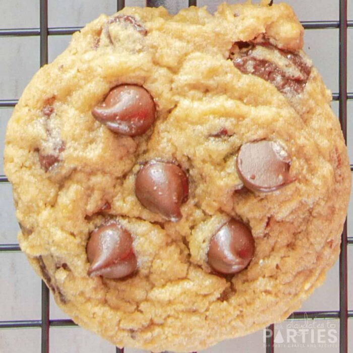 close up of a cookie cooling on a rack