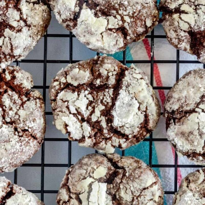 finished double chocolate crinkle cookies on a cooling rack