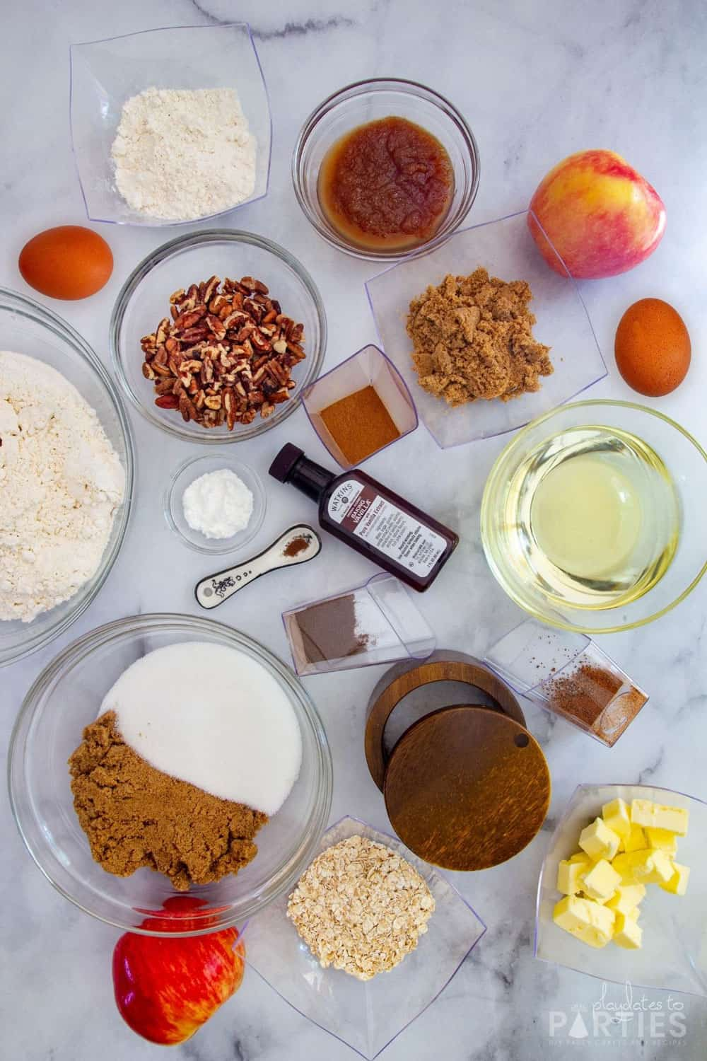 ingredients needed to make apple bread.